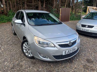 Vauxhall Astra Hatchback 2.0 CDTi Elite Auto 5dr