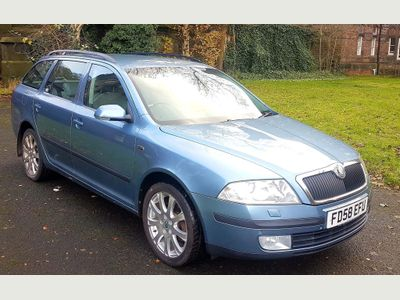 SKODA Octavia Estate 2.0 TDI PD Laurin & Klement Estate 5dr Diesel DSG (158 g/km, 140 bhp)
