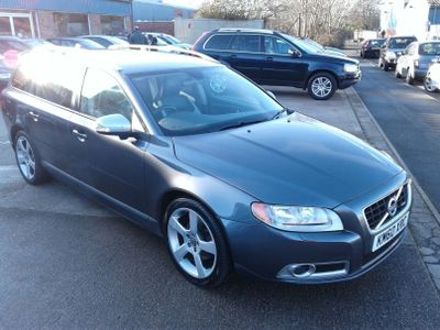 Volvo V70 Estate 2.0 D R-Design SE 5dr