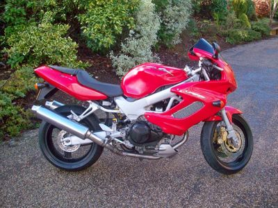 Honda VTR1000 Sports Tourer 1000 Firestorm