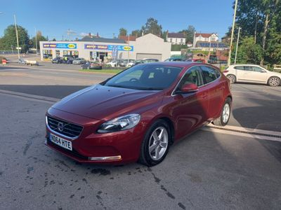 VOLVO V40 Hatchback 1.6 D2 SE Powershift 5dr
