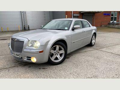 Chrysler 300C Saloon 3.0 CRD V6 LUX 4dr