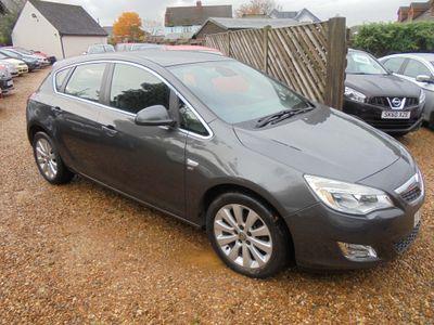 Vauxhall Astra Hatchback 1.6T 16v SE 5dr