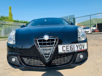 Alfa Romeo Giulietta Hatchback 2.0 JTDM-2 Lusso 5dr