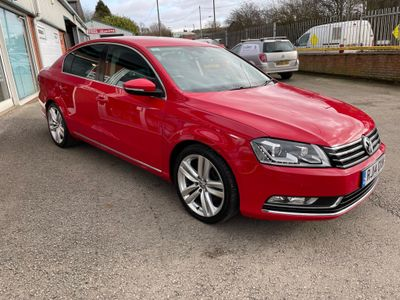 Volkswagen Passat Saloon 2.0 TDI BlueMotion Tech Executive Style (s/s) 4dr