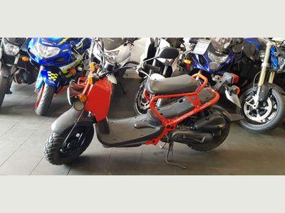 Honda Zoomer 50 Moped 50 Zoomer