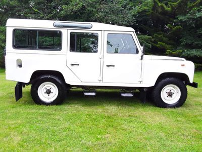 Land Rover Defender 110 SUV COUNTY 2.5 12 SEATER