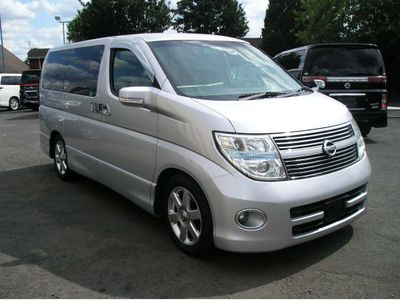 Nissan Elgrand MPV 2.5 Highwaystar