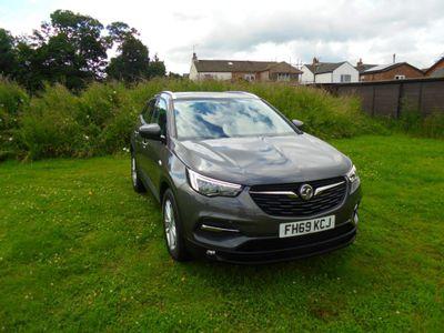 Vauxhall Grandland X SUV 1.2 Turbo SE Auto (s/s) 5dr