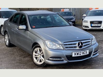 Mercedes-Benz C Class Saloon 2.1 C200 CDI BlueEFFICIENCY SE (Executive) 7G-Tronic Plus 4dr (Map Pilot)