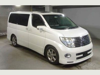 Nissan Elgrand MPV HIGHWAY STAR 2.5 PETROL AUTOMATIC