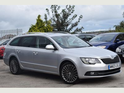 SKODA SUPERB Estate 2.0 TDI CR DPF Laurin & Klement 5dr