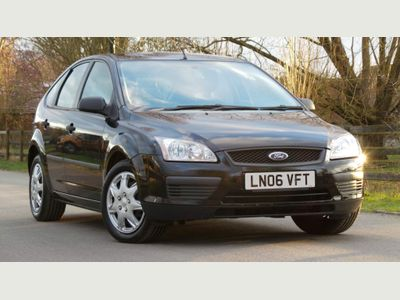 Ford Focus Hatchback 1.6 LX 5dr