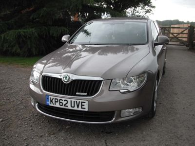 SKODA Superb Hatchback 1.6 TDI Greenline CR SE 5dr