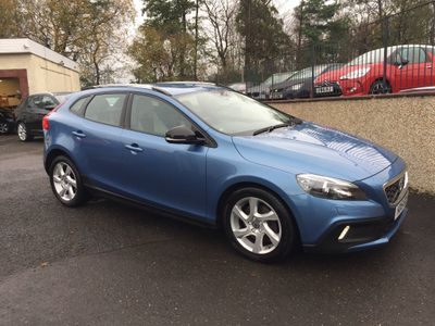 Volvo V40 Cross Country Hatchback 2.0 D2 Lux Nav Cross Country Geartronic (s/s) 5dr