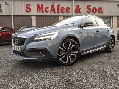 Volvo V40 Cross Country Hatchback 1.5 T3 GPF Pro Cross Country Auto (s/s) 5dr