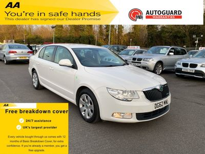 SKODA Superb Hatchback 1.6 TDI Greenline CR S 5dr
