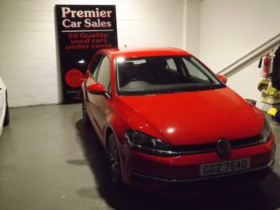 Volkswagen Golf Hatchback 1.6 TDI BlueMotion Tech SE Nav (s/s) 5dr