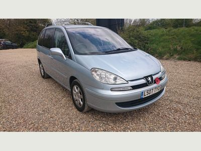 Peugeot 807 MPV 2.0 HDi FAP Executive 5dr