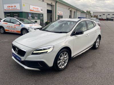 Volvo V40 Cross Country Hatchback 1.5 T3 Pro Auto (s/s) 5dr