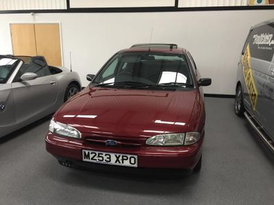 Ford Mondeo Hatchback 1.8 16v Mistral Limited Edition 5dr