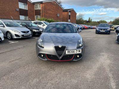 Alfa Romeo Giulietta Hatchback 2.0 JTDM-2 Speciale TCT (s/s) 5dr