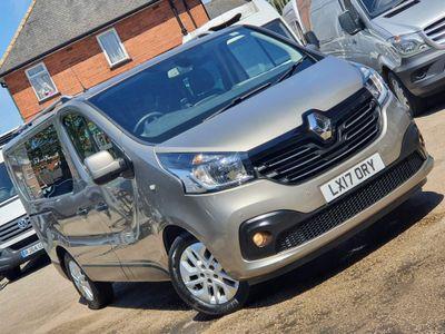 Renault Trafic Combi Van 1.6 dCi ENERGY 29 Sport Nav Crew Van (s/s) 6dr