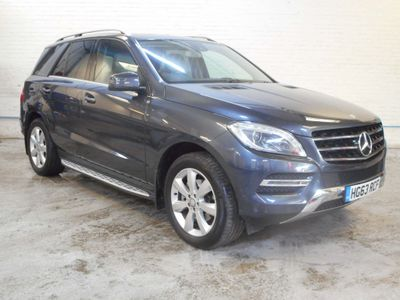 Mercedes-Benz M Class SUV 3.0 ML350 CDI BlueTEC SE 5dr