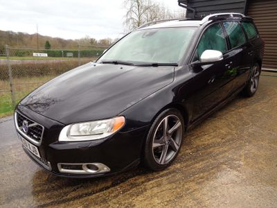 Volvo V70 Estate 2.4 D5 R-Design 5dr