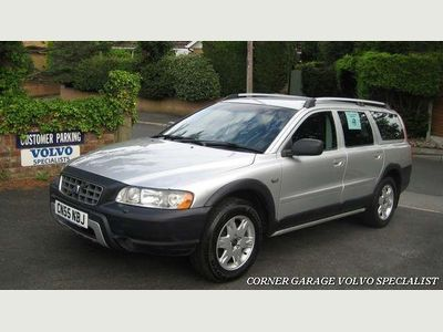 VOLVO XC70 Estate 2.4 D SE Geartronic 5dr