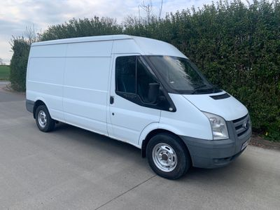Ford Transit Panel Van 2.4 TD 330 Medium Roof Van RWD LWB