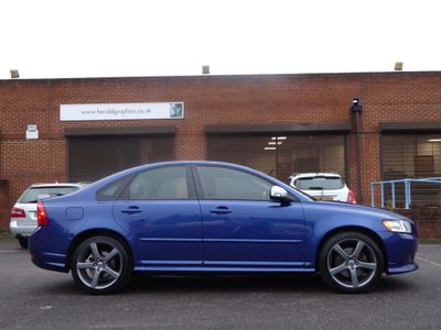 Volvo S40 Saloon 2.0 TD R-Design SE Powershift 4dr