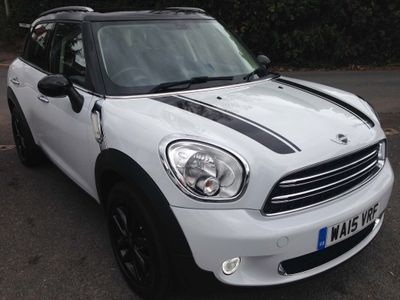 MINI Countryman Hatchback 1.6 Cooper D 5dr