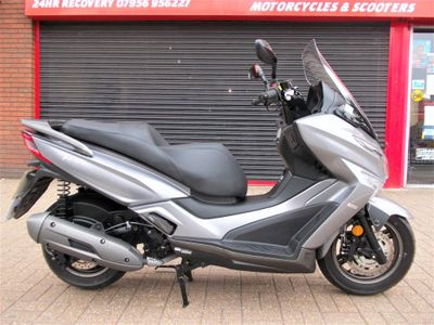 Kymco X-Town Scooter 125 125i CBS