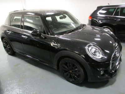 MINI Hatch Hatchback 1.5 Cooper Sport (s/s) 5dr