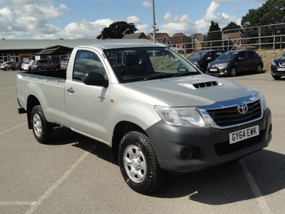 Toyota Hilux Pickup 2.5 D-4D Active Extra Pickup 4WD 2dr (VSC)