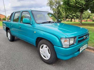 Toyota Hilux Pickup 2.0 PETROL DOUBLE CAB PICK UP AUTOMATIC