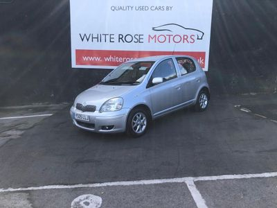 TOYOTA YARIS Hatchback 1.3 VVT-i Colour Collection 5dr