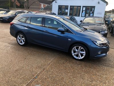 Vauxhall Astra Estate 1.6 CDTi ecoFLEX SRi Nav Sports Tourer (s/s) 5dr