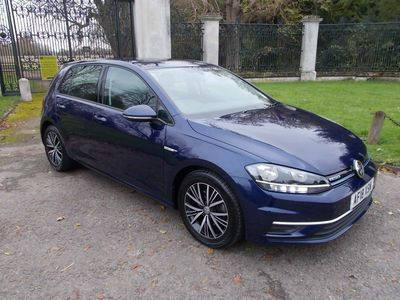 Volkswagen Golf Hatchback 1.5 TSI EVO BlueMotion Tech SE Nav DSG (s/s) 5dr