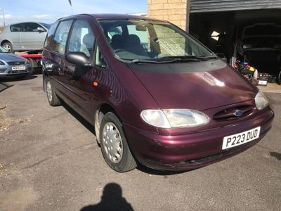 Ford Galaxy MPV 2.0 i GLX 5dr