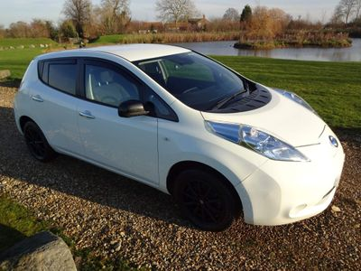 Nissan Leaf Hatchback (30kWh) Black Edition 5dr
