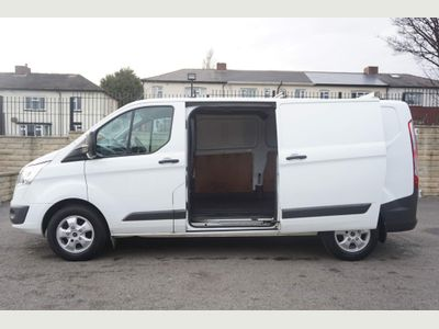 Ford Transit Custom Panel Van Custom 2.0 TDCi 130PS (EU6) 340 Trend