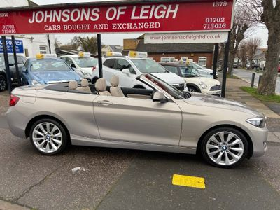 BMW 2 Series Convertible 2.0 220i Luxury Auto (s/s) 2dr