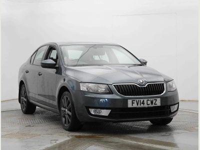 SKODA Octavia Hatchback 1.6 TDI CR Elegance 5dr