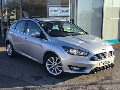 Ford Focus Hatchback 1.5 TDCi Titanium Powershift (s/s) 5dr