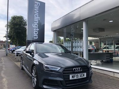 Audi A3 Saloon 1.6 TDI Black Edition (s/s) 4dr