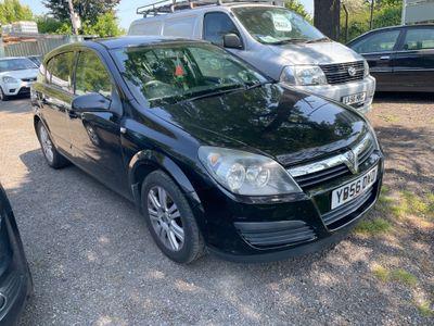 Vauxhall Astra Hatchback 1.6 i 16v Active 5dr