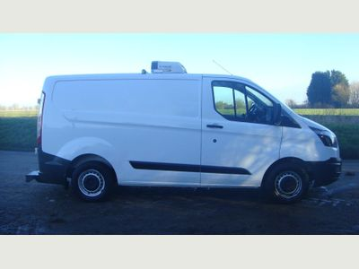 Ford Transit Custom Temperature Controlled 290 FRIDGE FREEZER VAN MAINS STAND BY