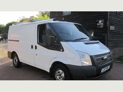Ford Transit Panel Van 100 T300 FWD Low Roof Panel Van 2198 cc